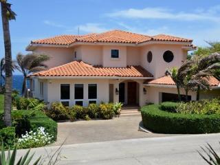Casa Cascada - Bay Islands Honduras vacation rentals