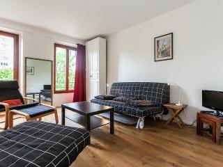 Delightful Renovated Studio in Montparnasse,  Paris - Paris vacation rentals