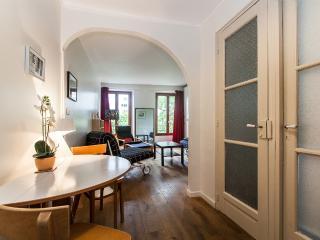 Delightful Renovated Studio in Montparnasse,  Pari - Paris vacation rentals