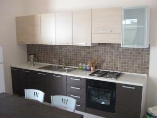 Erasippe Residence - Appartamento Eutimo - Calabria vacation rentals