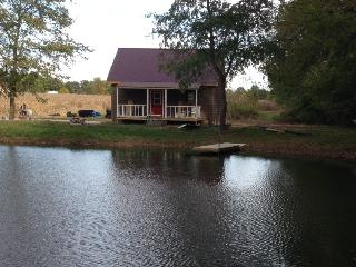 The Goose Pond Cottage -- a peaceful retreat! - Indiana vacation rentals