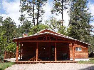 Cedar Creek Retreat - 2 Bedrm w/ loft 1 Bath Cabin - Ruidoso vacation rentals