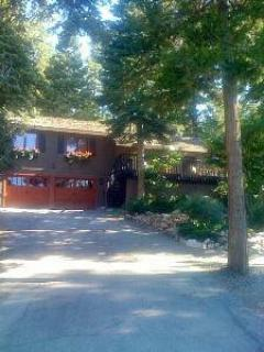 Front of House - July Sale! Lakeside Agate Bay w/ Hot Tub & Beach - Tahoe Vista - rentals