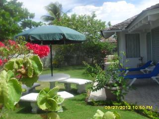 PALM VILLA, The perfect getaway - Duncans vacation rentals