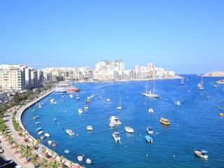 STUNNING 2 BEDROOM APARTMENT! - Il Gzira vacation rentals
