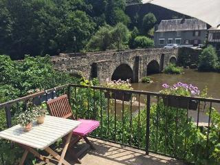 River house 'Maison Vieux Pont' a Corner of Paradise! - Correze vacation rentals