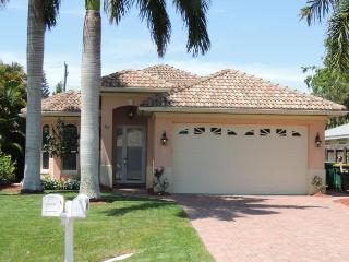 A Vanderbilt Beach Villa! Immaculately Maintained! - Naples vacation rentals