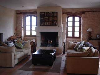 Stunning French Farm House in the beautiful Gers countryside - Bezolles vacation rentals