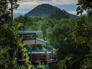 Babbling Brook Retreat - Murwillumbah vacation rentals