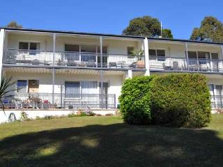 Merimbula 'North Terrace' Unit on Sapphire Coast - Merimbula vacation rentals