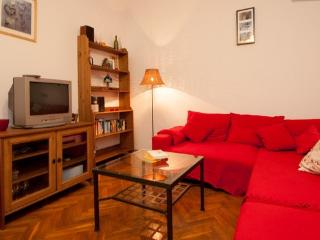 CENTRAL BUDAPEST BABY FRIEND - Budapest vacation rentals