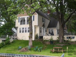 Beautiful Classic Lake House - Grayslake vacation rentals