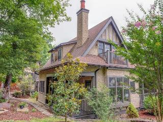 Cheshire Carriage House - Black Mountain vacation rentals