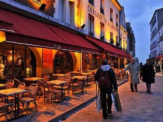 CLASSIC ELEGANCE~2BR/BA APT~ST GERMAIN CHURCH VIEW - Paris vacation rentals