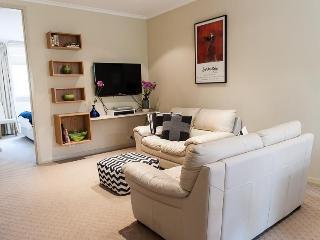 An elegant setting - Woollahra vacation rentals