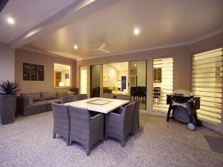 Aqua @ Pecten Avenue - Oak Beach vacation rentals