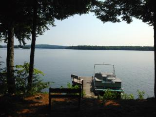 Laughing Loon Cottage on Lake Cobbosseeconte - Kennebec vacation rentals