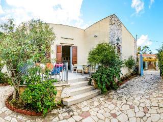 Casa Cecilia - Tonnara di Bonagia - Trapani - San Vito lo Capo vacation rentals