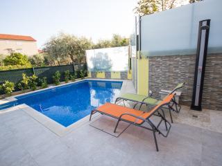 Apartman Josipa - Trogir vacation rentals