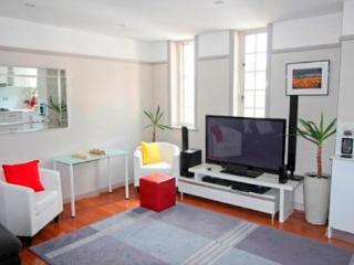 Stylishly Refurbed Apartment - Sydney vacation rentals
