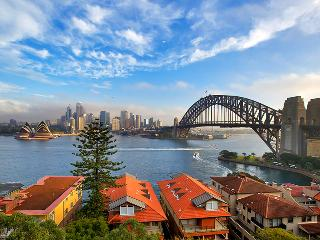 Stunning harbour, city & Opera House Views - New South Wales vacation rentals