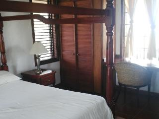 Beautifully located 2 Bedroom Scenic Villa - Gros Islet vacation rentals