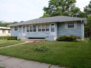 Brand New Rental - Close to Mayo Clinic and St Mary's! Luxury and amenities! - Minnesota vacation rentals
