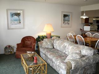 Hibiscus Resort - J302, Pool View, 2BR/2BTH, 3 Pools, Wifi - Florida North Atlantic Coast vacation rentals