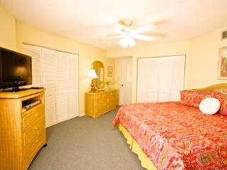 Hibiscus Resort - H201, Pool View, 2BR/2BTH, 3 Pools, Wifi - Florida North Atlantic Coast vacation rentals
