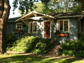 Lovely private house walk to restaurants and shops - Portland vacation rentals