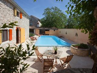 Old charm at traditional stone house Florinda in peacefull village - Bibici vacation rentals