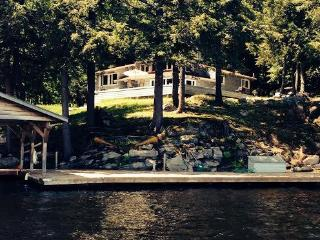 Lake Muskoka - 2600' sf Post &Beam 4 Season-Island - Muskoka vacation rentals