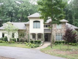 LUXURY 4 BEDROOM on Private lot - Garner vacation rentals