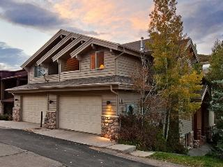 Deer Valley Loop with Private Outdoor Hot Tub and Game Room - Park City vacation rentals