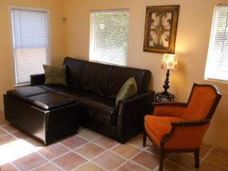 Cottage Charm by The Lake, Beach & Downtown - Hollywood vacation rentals