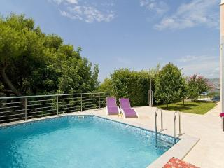 Luxury Villa Miro with pool and amazing view - Okrug Gornji vacation rentals