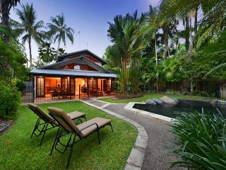 Coral Gardens - Set among beautiful tropical gardens - Port Douglas vacation rentals