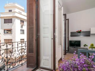 Aparment center historic Mayor/ Sol 2 bedrooms bal - Madrid vacation rentals