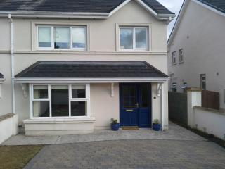 3 Bedroom stylish modern house in Co Cork, Ireland - Mallow vacation rentals