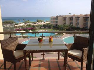 CASA Oceania Romantic - Aruba vacation rentals