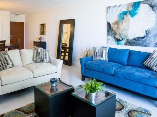 Beautifull apartment, beachfront, oceanview, in Ho - Dania Beach vacation rentals