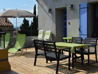 L'Oustal Delcastèl comfortable holiday retreat - Puicheric vacation rentals
