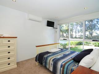 BAYREACH 1, stylish apartment, close to beach - Jervis Bay vacation rentals