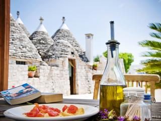 Trulli il Castagno: trullo-houses with pool - Martina Franca vacation rentals
