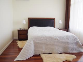 Beautiful Seaside Apartment Rental Adelaide - Adelaide vacation rentals