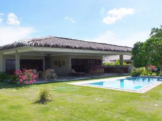 Villa sea view with swimming pool - Moalboal vacation rentals