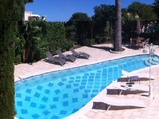 VILLA MEUBLEE PROCHE MONACO - Roquebrune-Cap-Martin vacation rentals