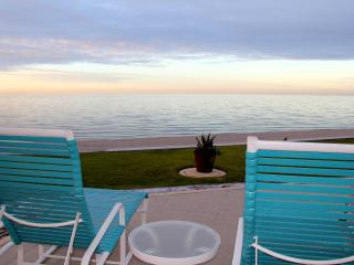 Ground floor ocean front - Princesa E109 - Northern Mexico vacation rentals