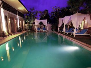 Luxurious Exclusive Resort Hire , Seminyak - Seminyak vacation rentals