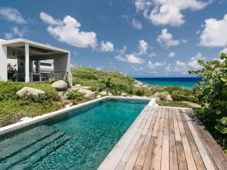 Modern Beachfront Villa, 180 Views, Pool, 3BR - Virgin Gorda vacation rentals
